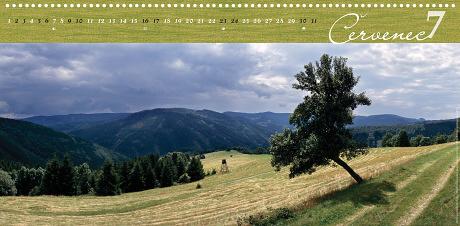 Moravskoslezské Beskydy – Mionší vrch nad údolím Lomné [z Kamenitého]